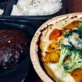 【ジョナサン】*期間限定50%OFF『ハンバーグ&海老フライ弁当』+『1日分の緑黄色野菜が摂れるドリア』